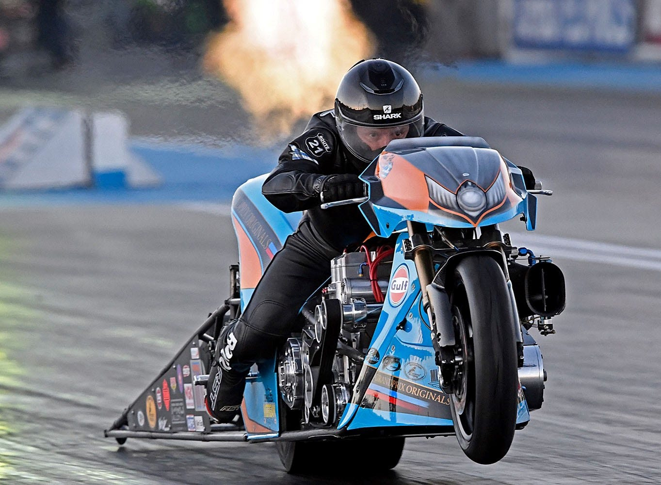 Gulf_Oil_Drag_Racing_Top_Fuel_JE_3